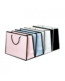 Wholesale Fashion Custom Boutique Clothes Shopping Gift Packaging Coated Paper Bag